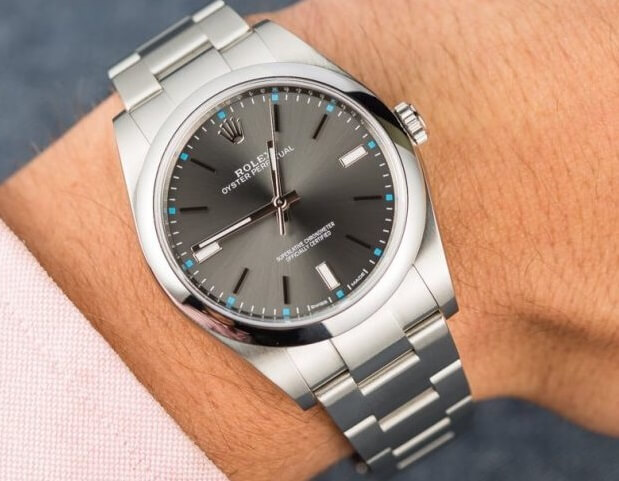 replica Rolex Oyster Perpetual 39 114300